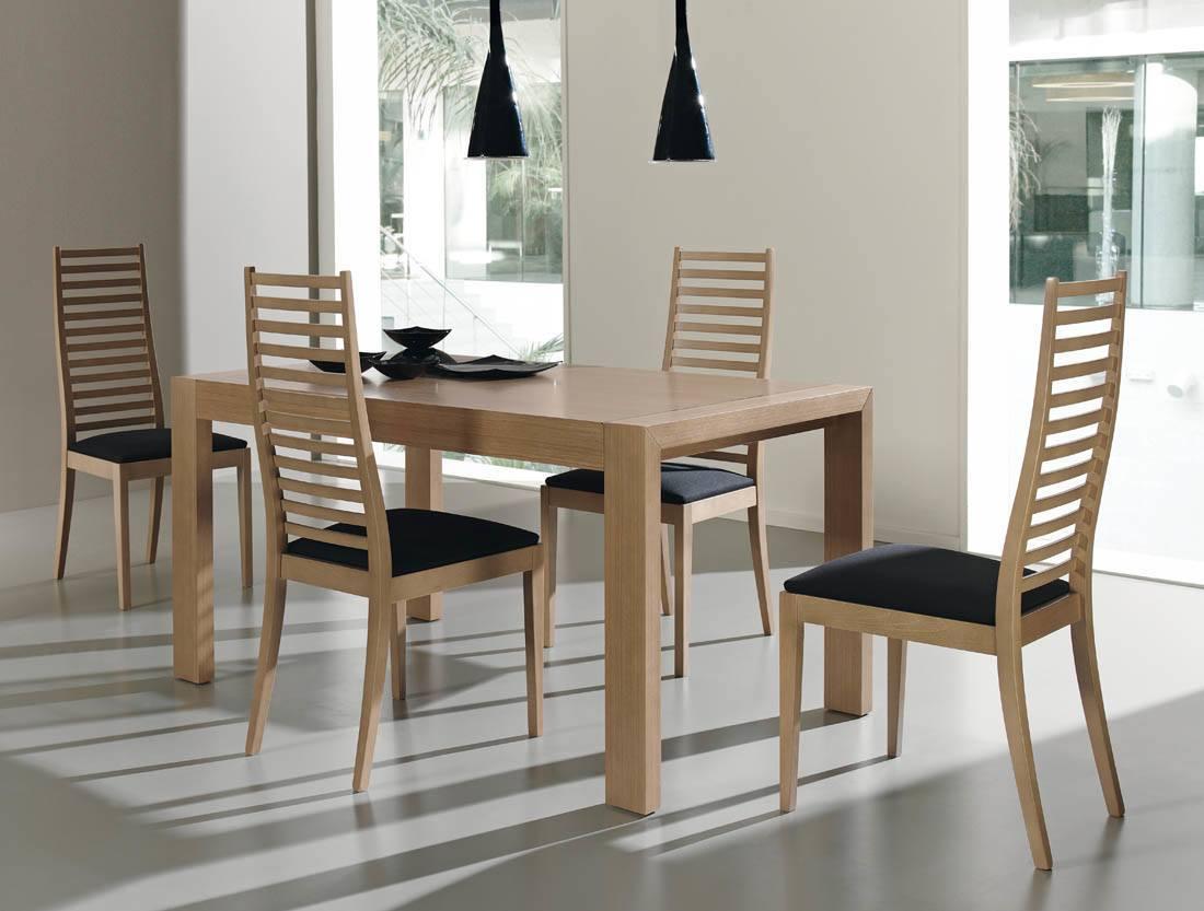 Cuidados b sicos para muebles de madera tips only clean for Comedor moderno de madera
