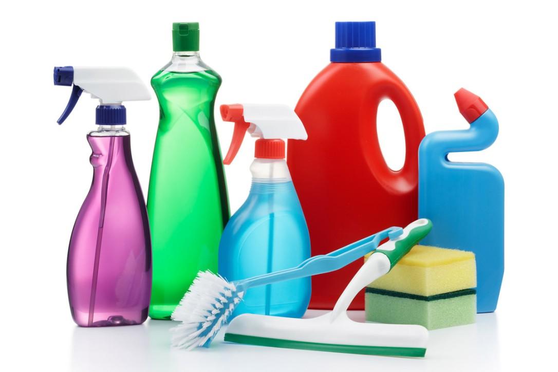 feng-shui-basics-limpieza-productos-de-limpieza-c_okea-1200x800