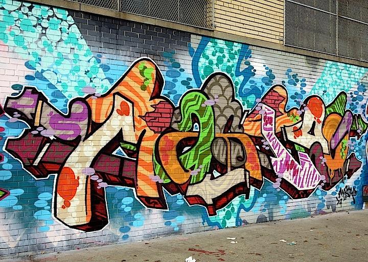 como eliminar borrar y remover grafitis o pintadas de las paredes