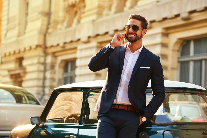 Camisas, sacos y corbatas: consejos para el cuidado de las prendas básicas del guardarropas masculino